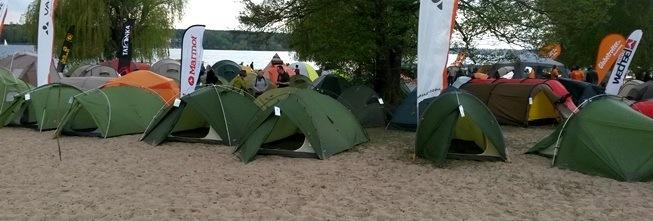 Zelte testen in der Stadt